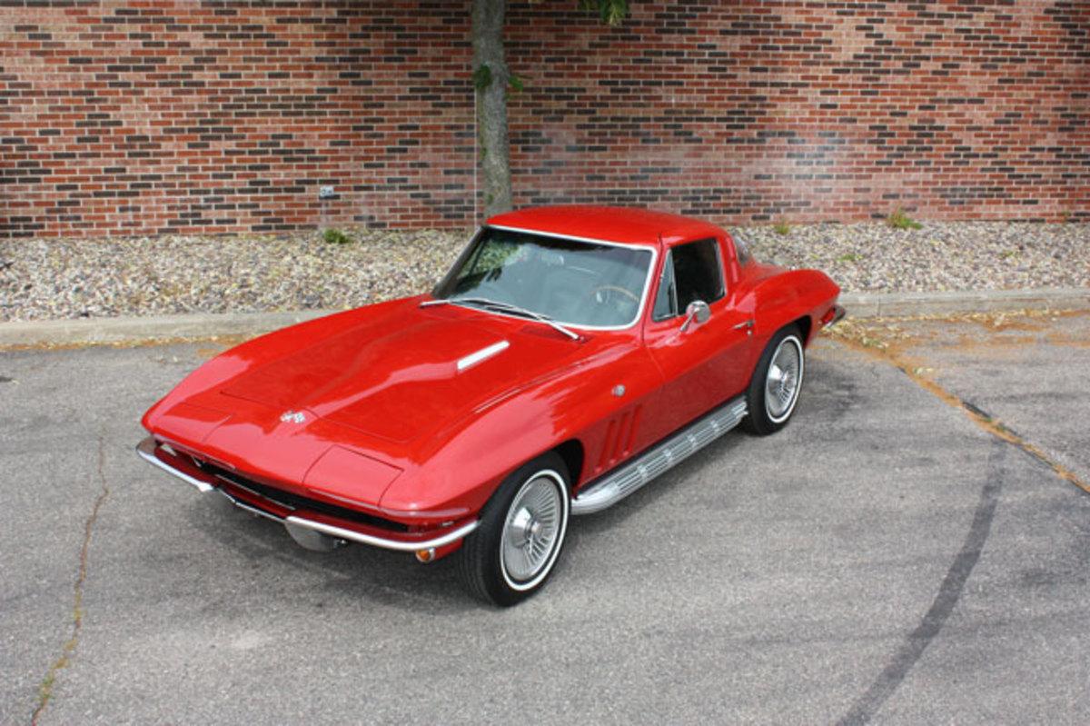 1965-Corvette-2