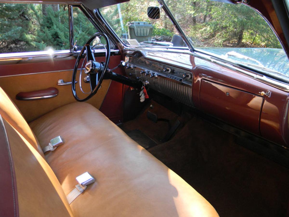1951-Mercury-interior