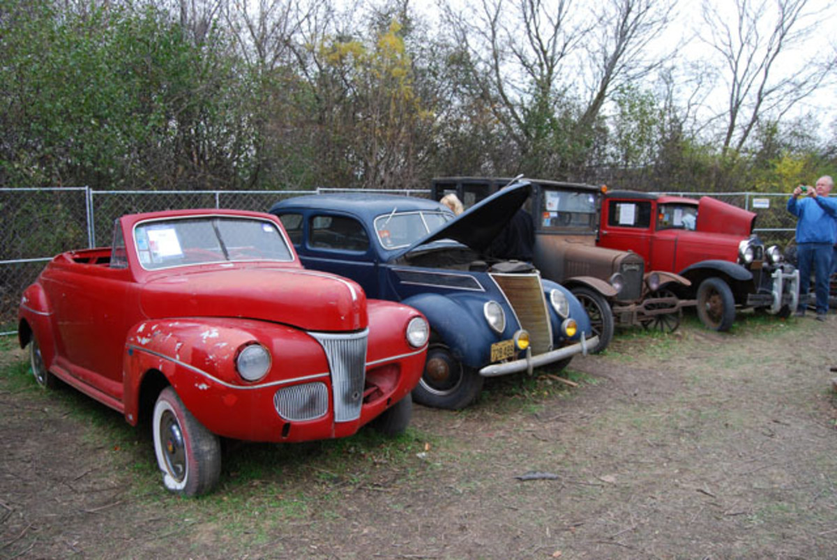 One of the ironies of this auction will probably be the fact that Lee Hartung tried to save many of his cars from use as hot rods, but in the end, the majority of them were best suited for that purpose. Here's a few rodders will love.