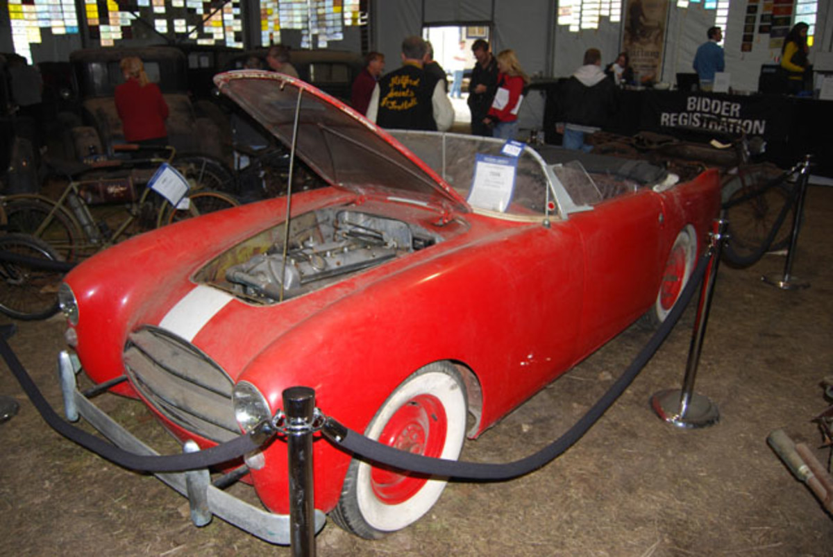 One of the car stars of the show was this Edwards – one of a handful made. This started out as a racing version, rather than an Edwards America street car. Over the years it picked up a Jaguar drive train from Hal Ulrich.