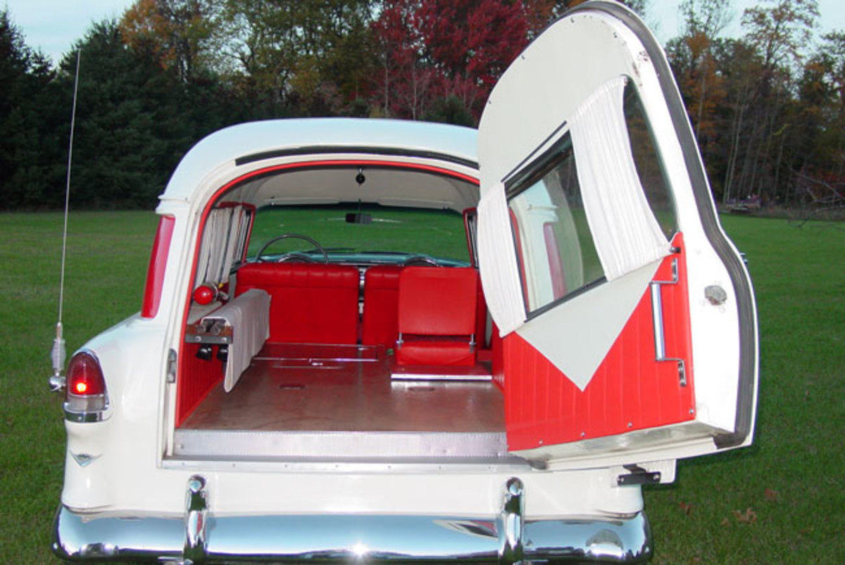 1955-Chevy-Ambulance-6