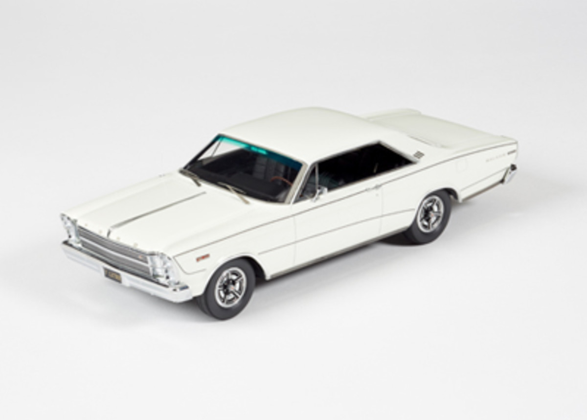 1966 Ford Galaxie 500 7-Litre Hardtop Enthusiasts Edition Wimbledon White 1:24 priced at $465.95.