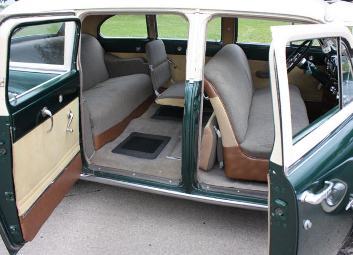 1950-De-Soto-doors