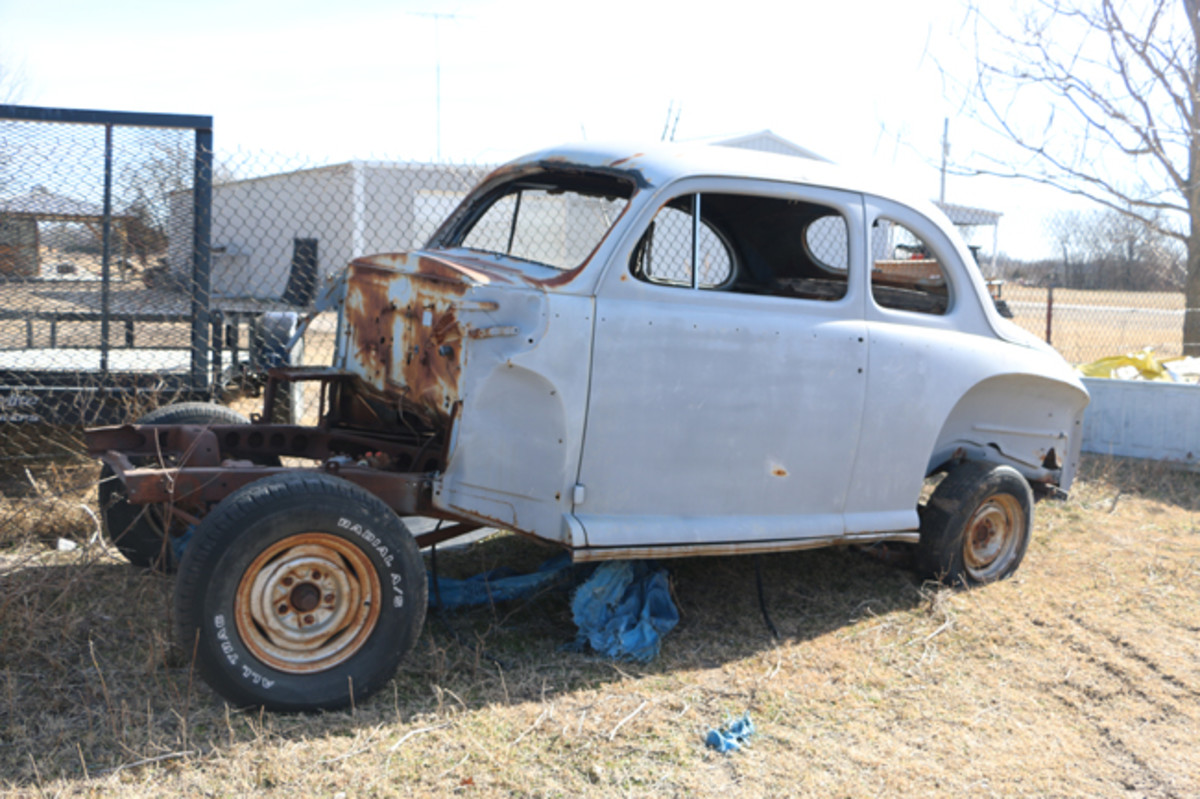 Someone started restoring this postwar Ford coupe, which is now available for sale.