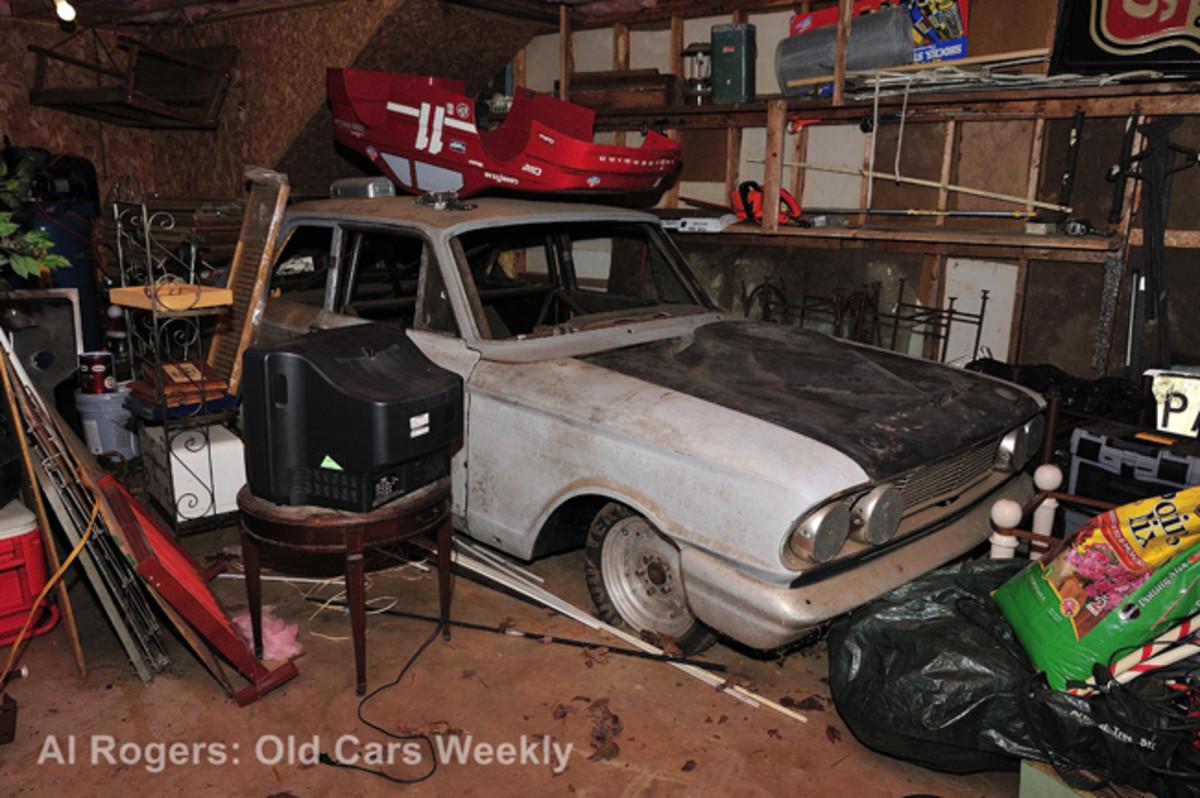 Phil Bonner Thunderbolt Barn Find A001