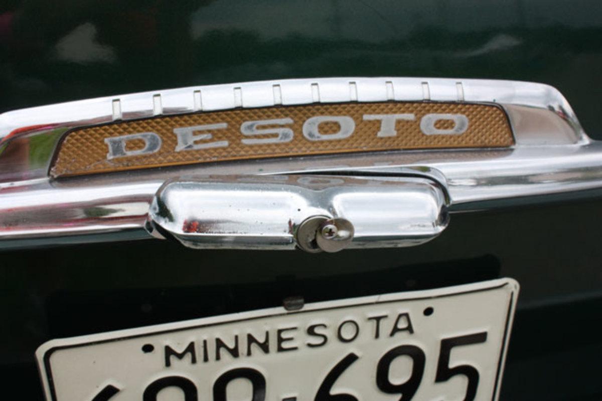 1950-De-Soto-keyhole