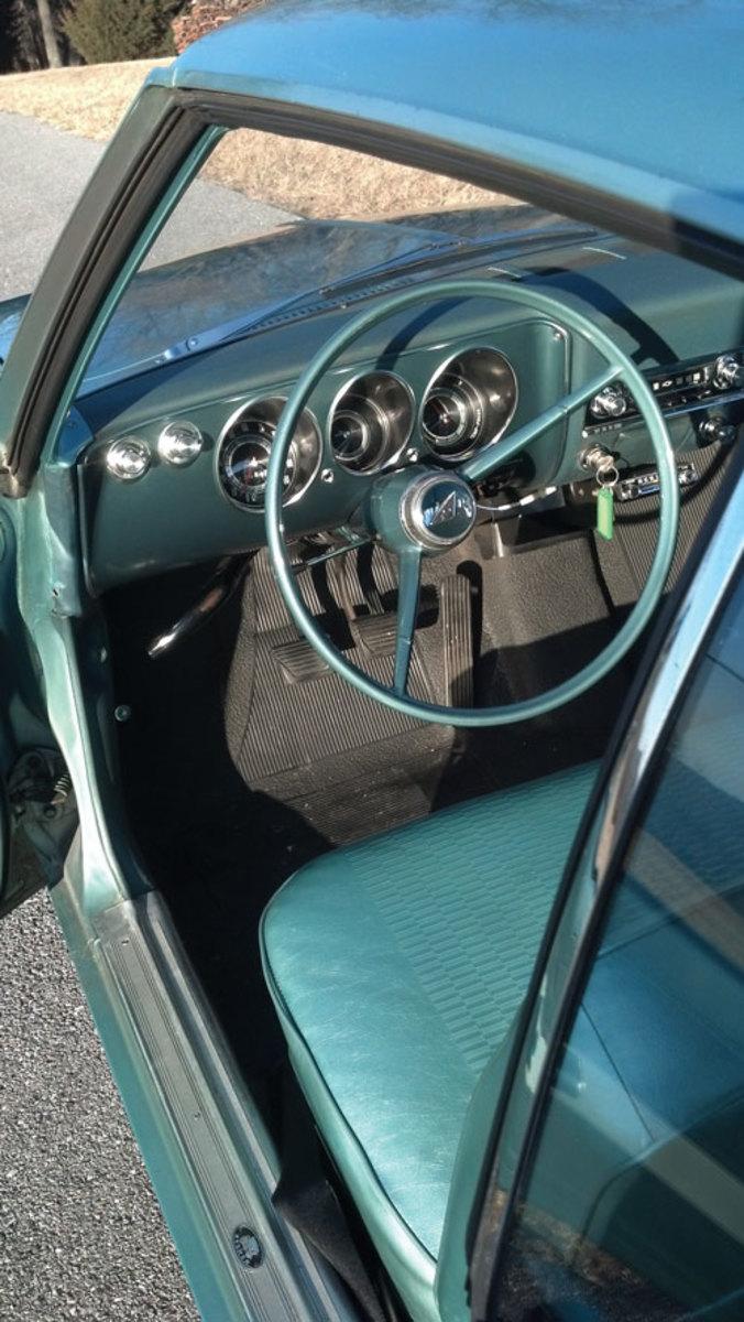 1965-Corvair-interior1