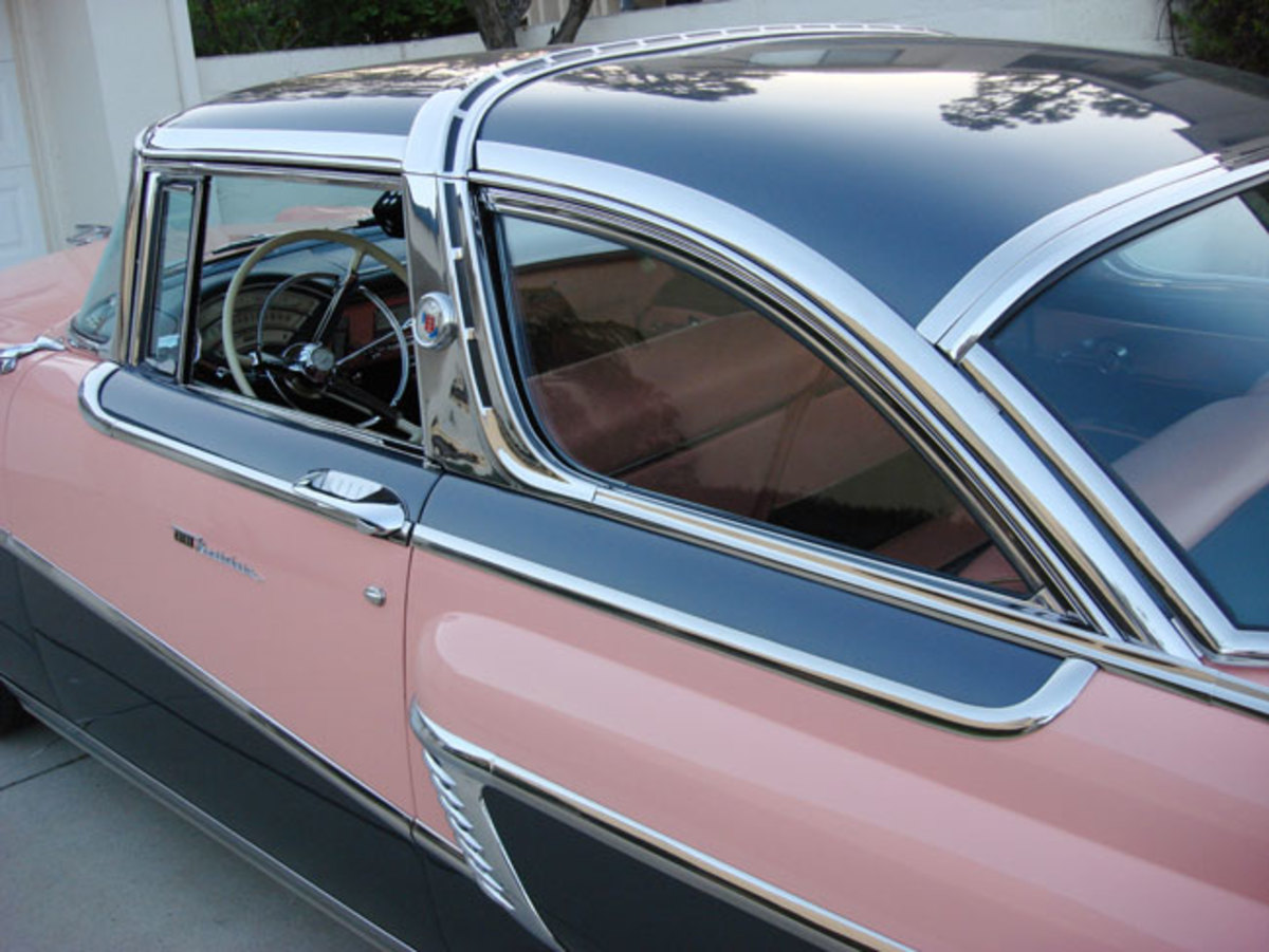 1956-Mercury-roof-molding