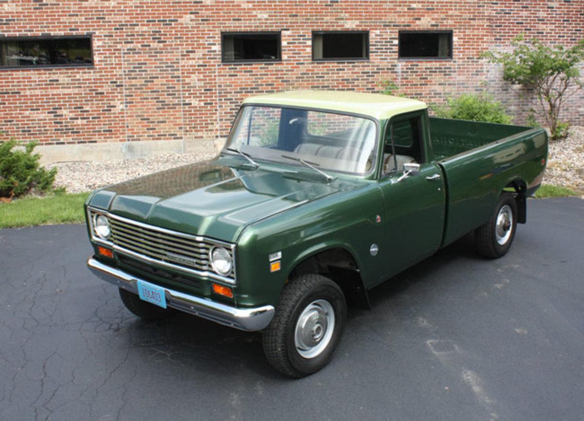 1975-IH-pickup-11
