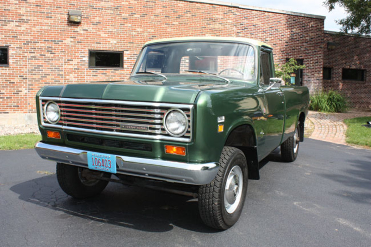 1975-IH-pickup-7