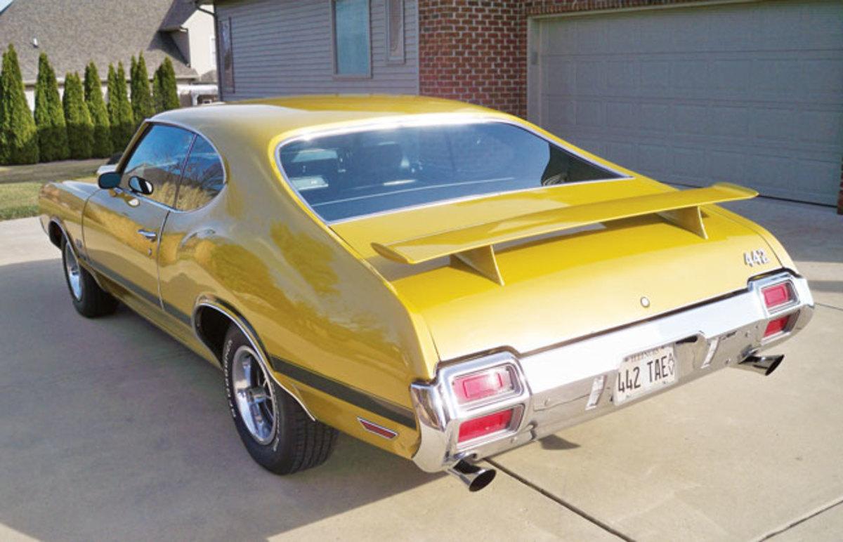 1971-442-back