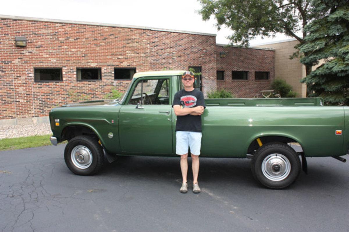 1975-IH-pickup-1