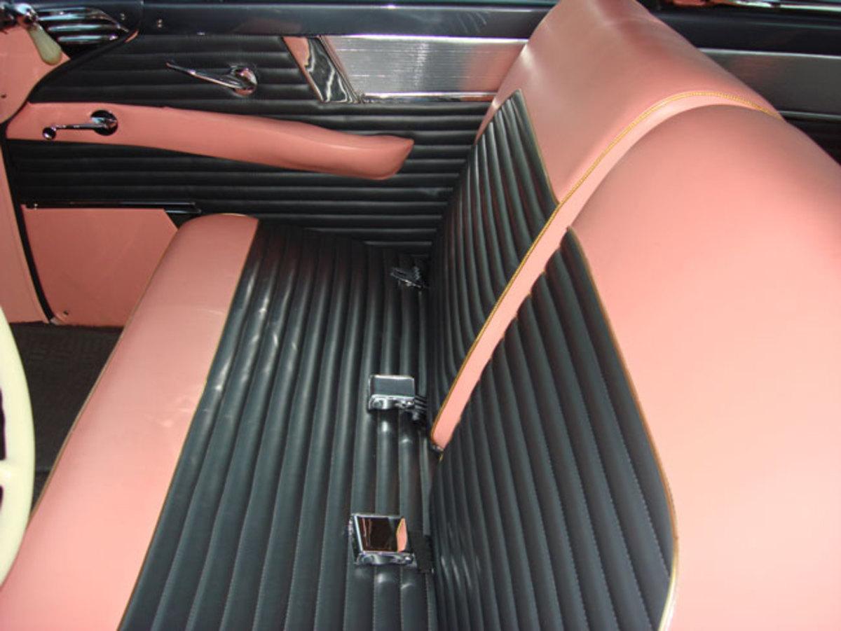 1956-Mercury-seat