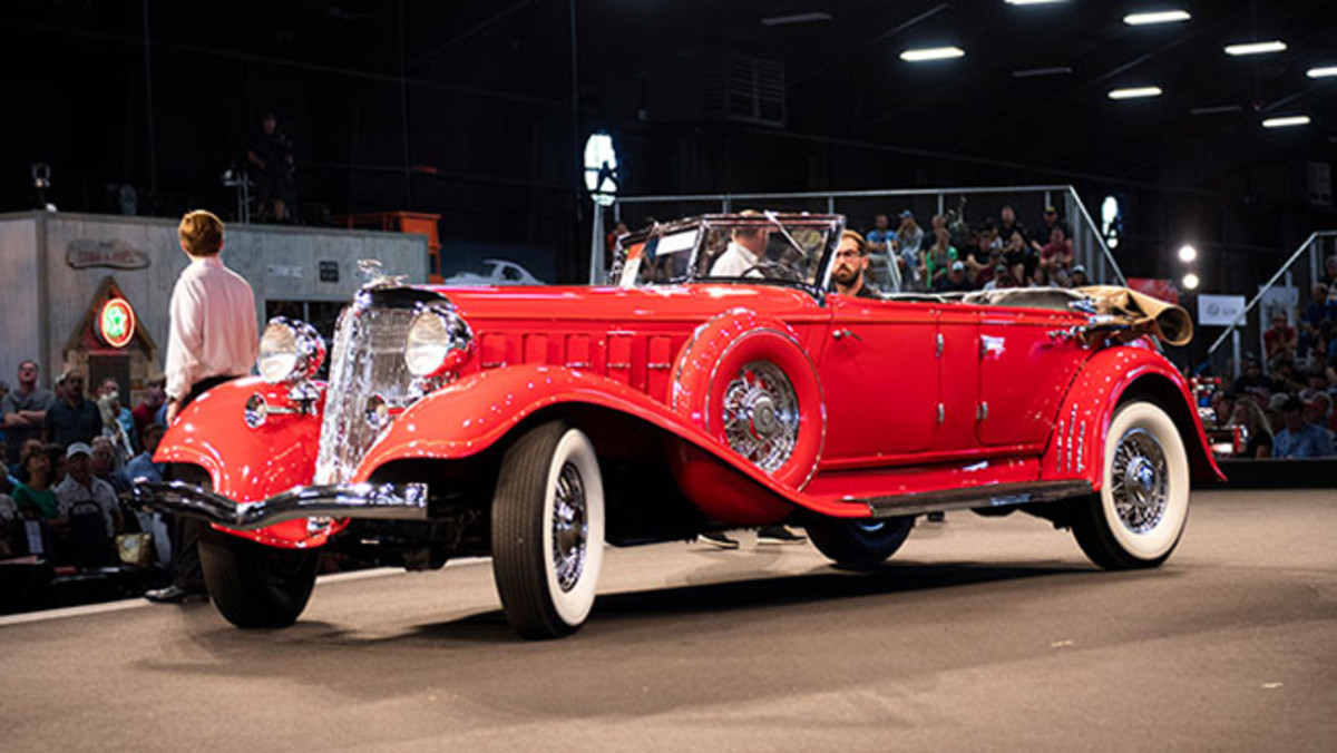 1933 Chrysler CL Imperial Dual-Windshield Phaeton by LeBaron sold for $192,500. Photo - RM Auctions