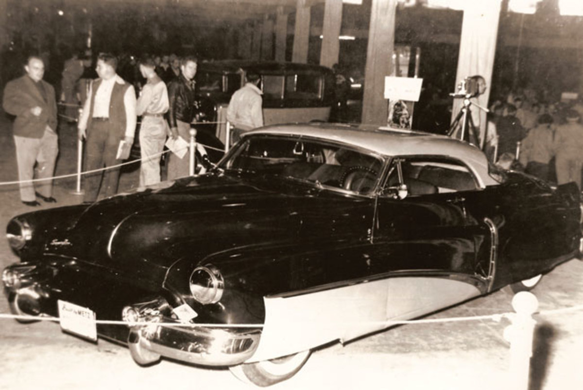 Bob Metz showed off his radical 1950 Buick Super at the 1951 and '52 Indianapolis Custom Car Show.