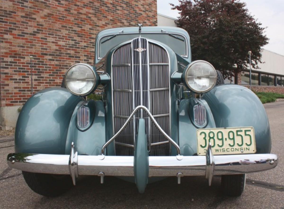 1936 Dodge-front