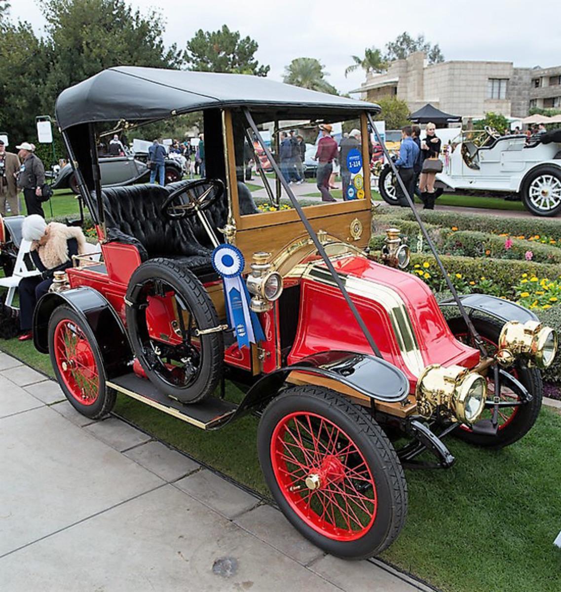 1908 Renault AZ - Antique automobile class winner - Ken Bryant