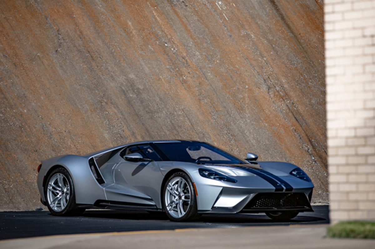 2017 Ford GT (Estimate: $800,000 – $1,000,000).Photo copyright and courtesy of Gooding & Company. Image by Ben Bertucci.