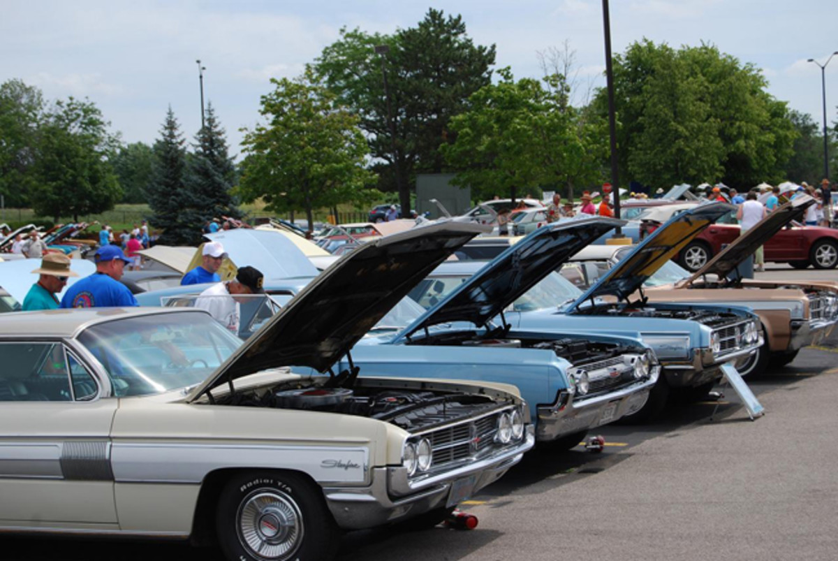 Most of the 480 cars at the Olds meet had their hoods raised.