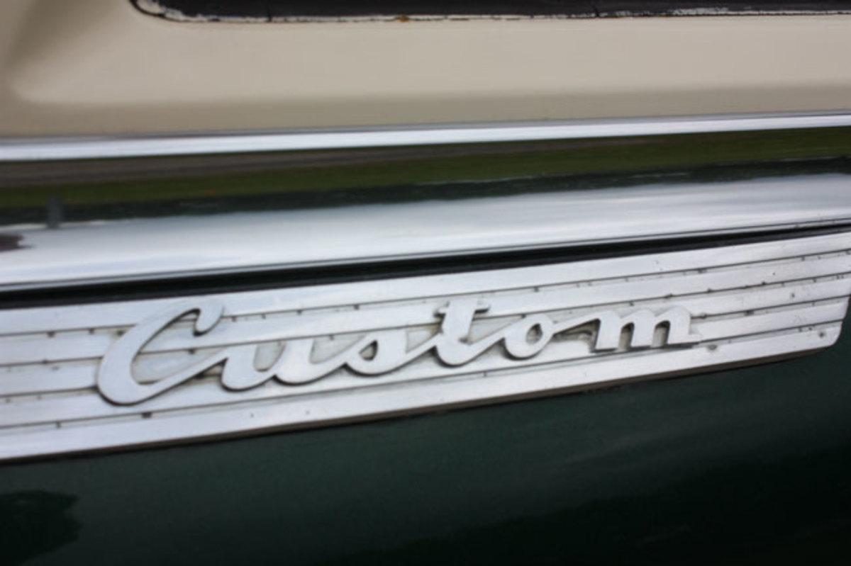 1950-De-Soto---badge