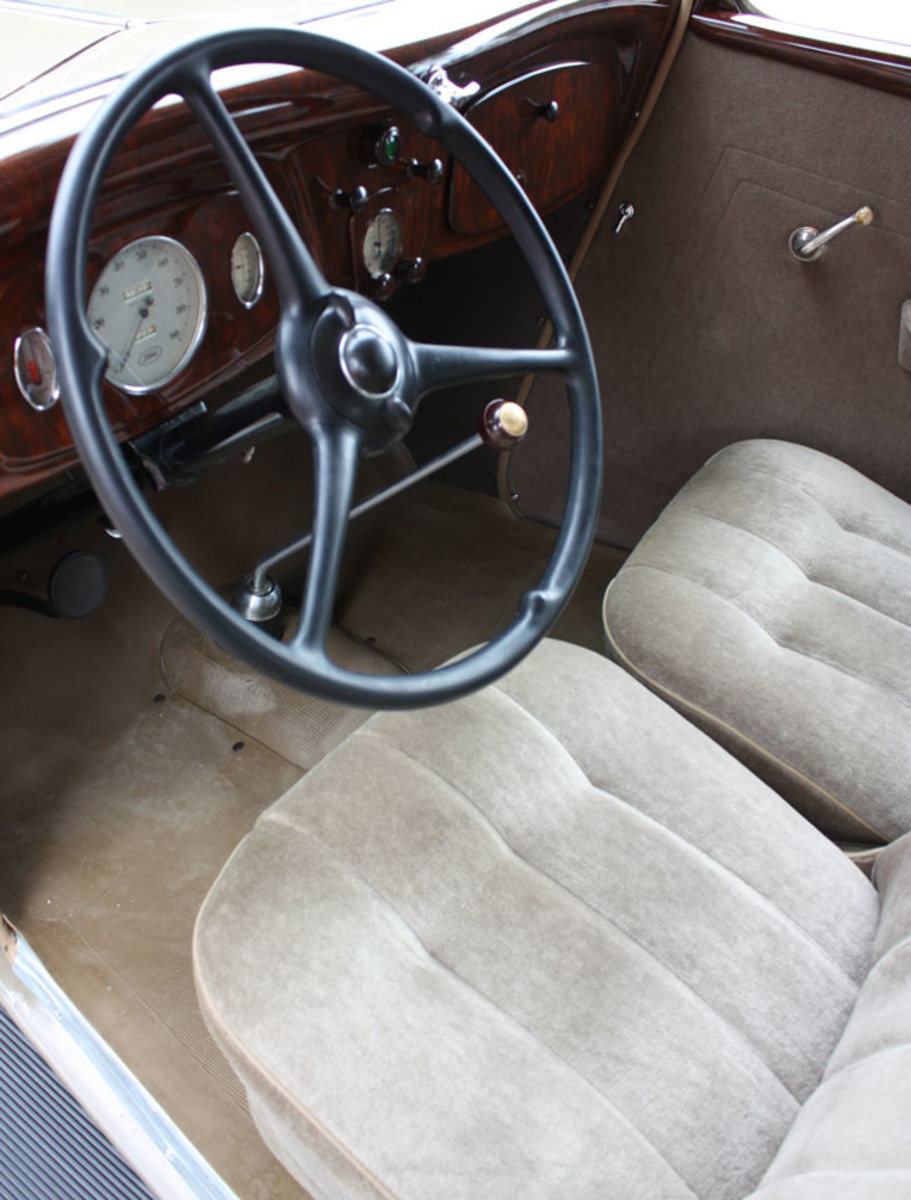 1934-Ford-front-seat