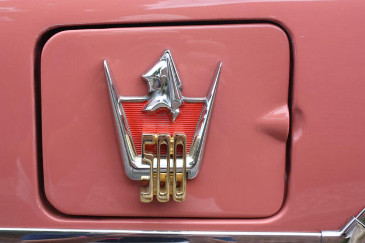 1959-Dodge-fillercap