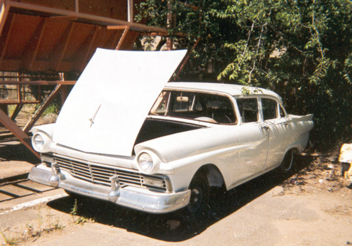 1957-Ford-11