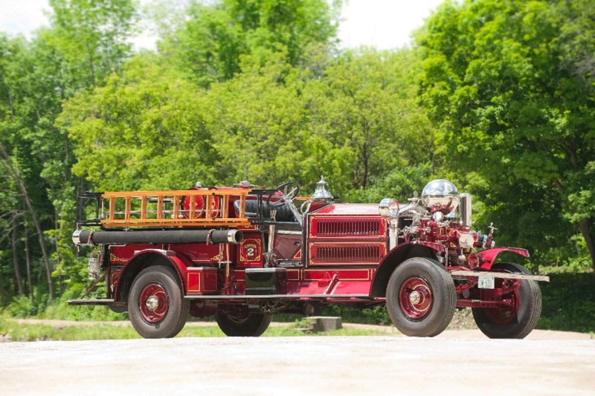 Lot 145: 1925 Ahrens-Fox N-S-4 Triple Combination Pumper. (©2012 Darin Schnabel Courtesy of RM Auctions)
