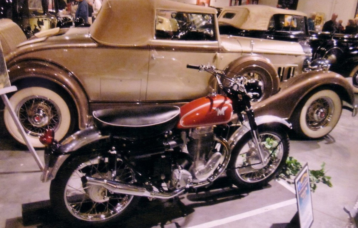 Packard and Motorcycle2