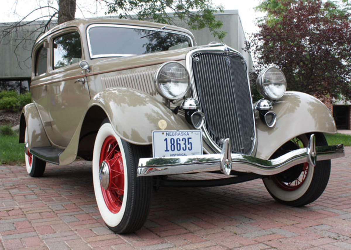 1934-Ford-low