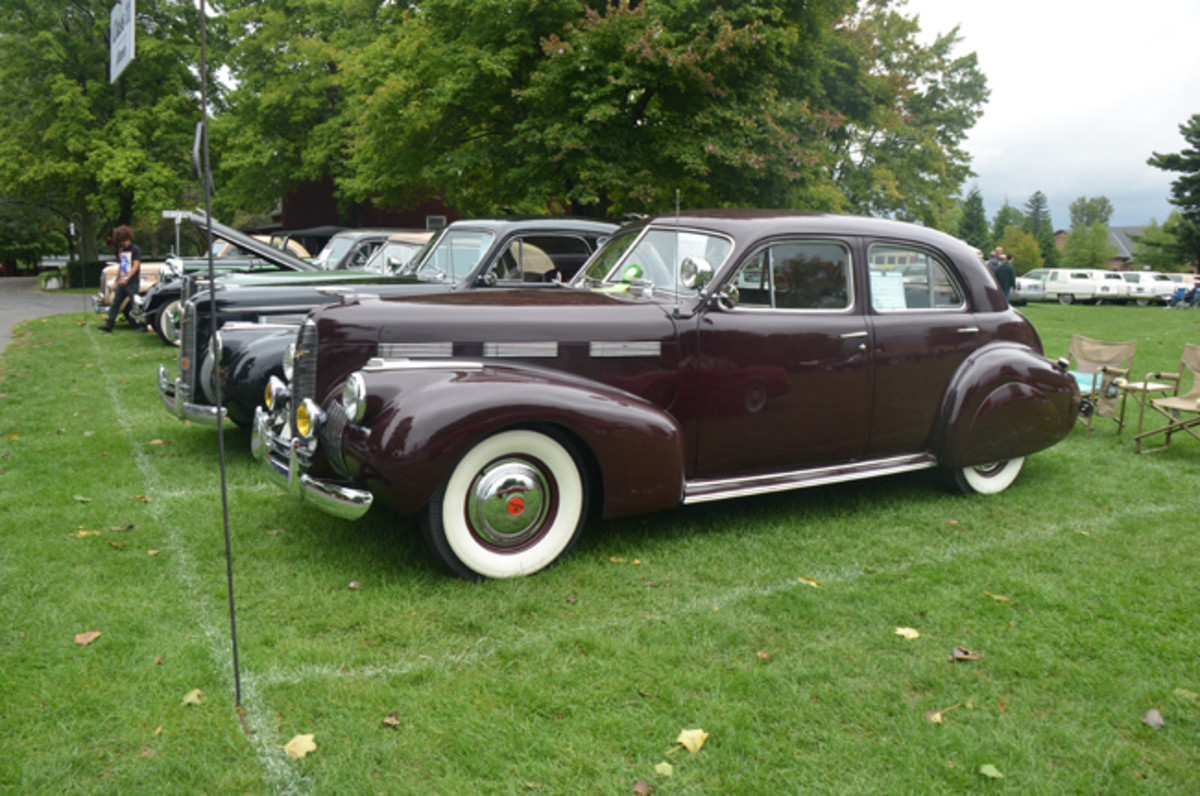 John and Linda Bertolone's 1940 LaSalle 5219 with GM's beautiful turtle-deck styling that debuted that model year.