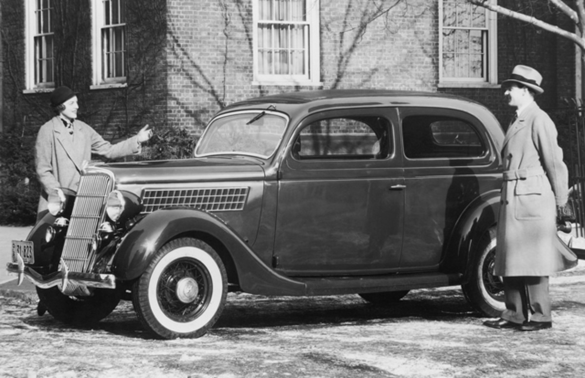 Want your Ford V-8 ignition lock to work and look as new as the 1935 Ford Deluxe Tudor pictured here? Then follow the steps below.