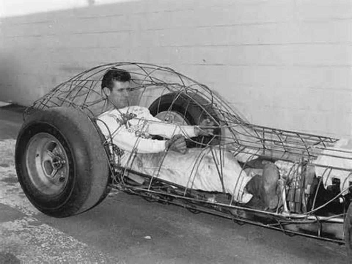 """""""Mantaray"""" one-seater in progress."""