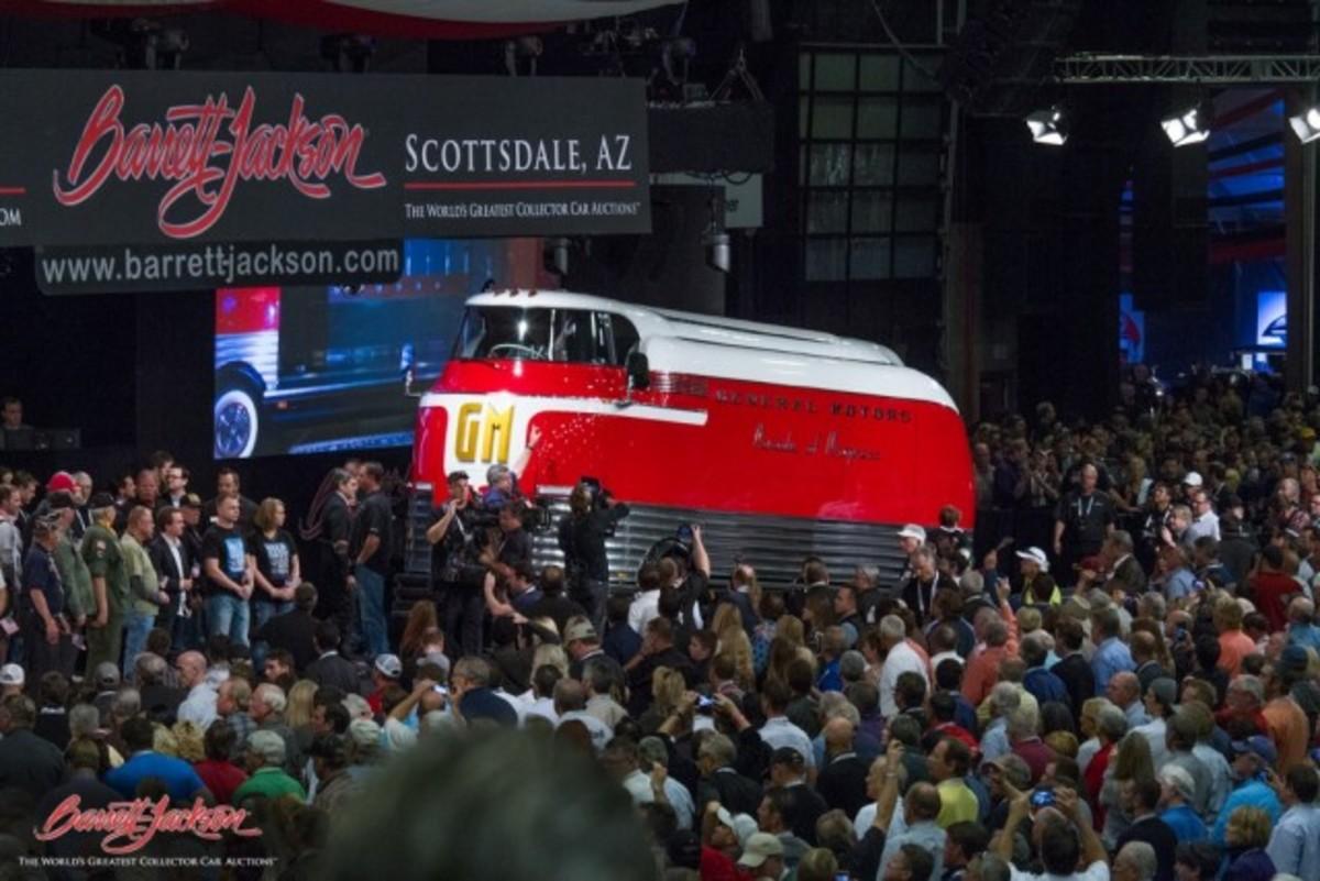 Lot #2501 – 1950 General Motors Futurliner Parade of Progress Tour Bus – $4,000,000. (Barrett-Jackson photo)