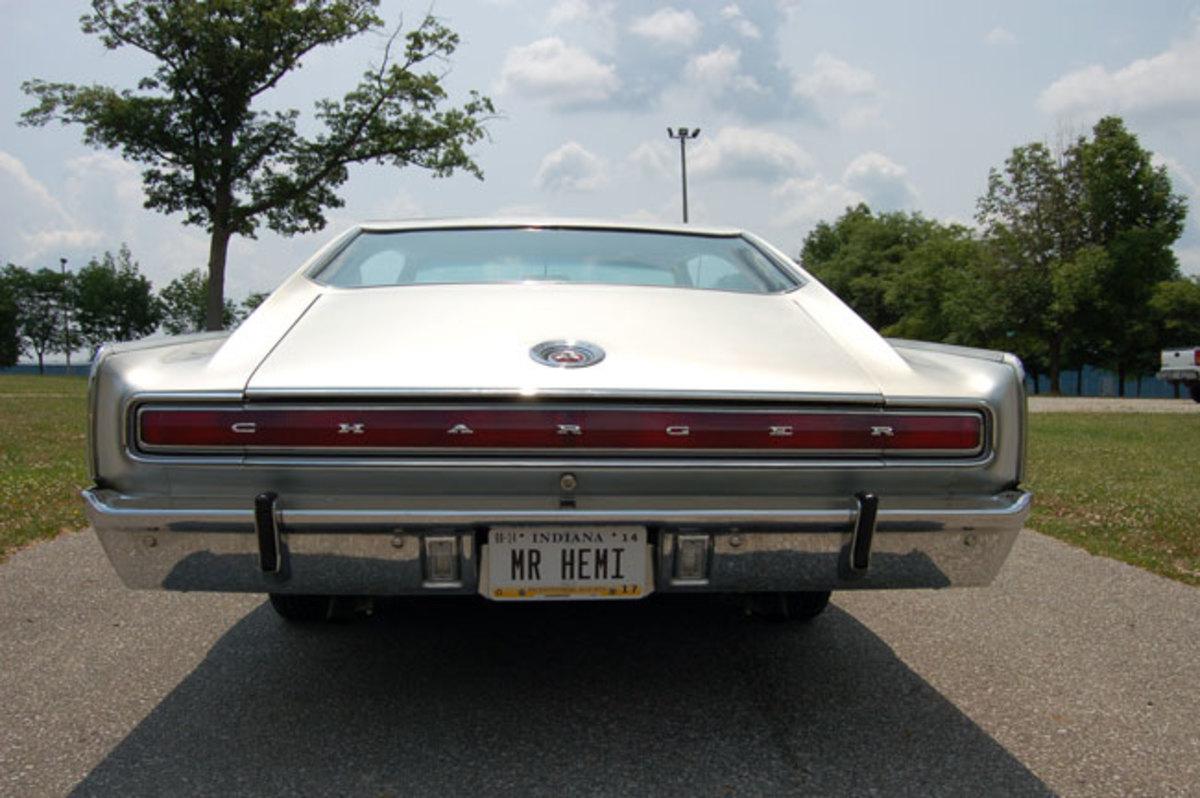 1966-Hemi-Charger-8
