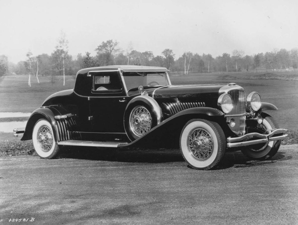 "Duesenberg had two of these coupe bodies built for its Model J chassis in 1931. The bodies were built by the Union City Body Co. but were badged ""LaGrande,"" a made-up name for Duesenberg's fictitious in-house coachbuilding firm. Although the bodies themselves were built by Union City, Duesenberg did paint and trim them. This factory photo shows either Leno's car, J-415/chassis 2432 or its twin, J-406/chassis 2428. (Author's collection)"