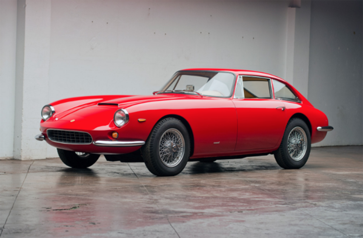 1966 Apollo 5000 GT Coupe. Photo - Worldwide Auctioneers
