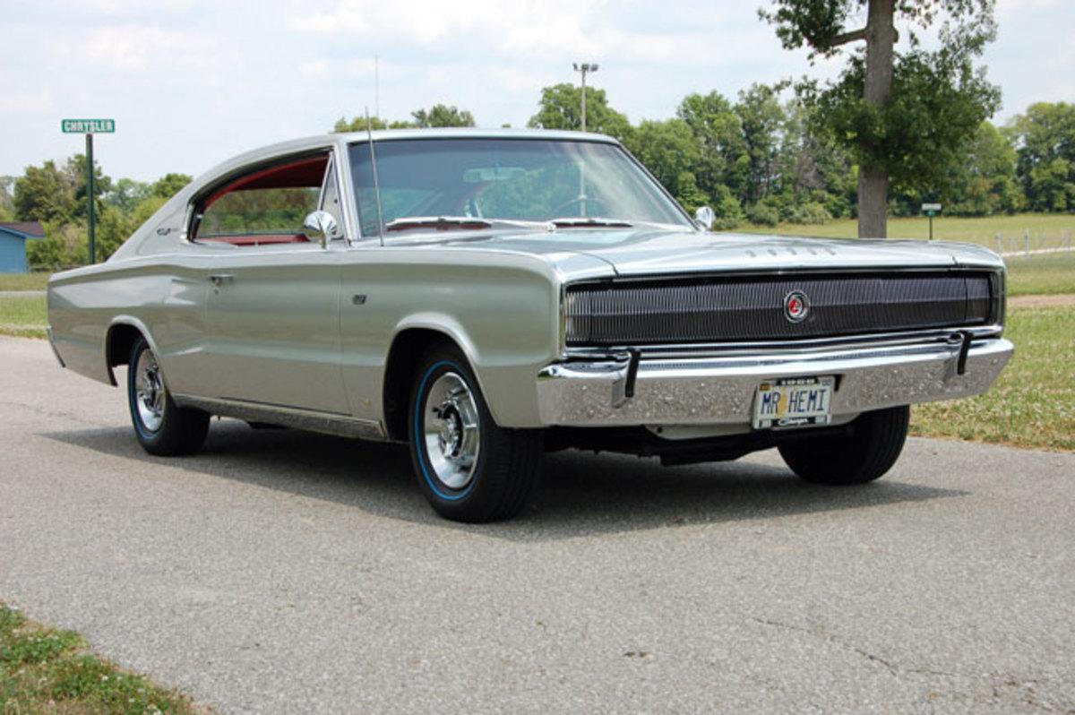 1966-Hemi-Charger1