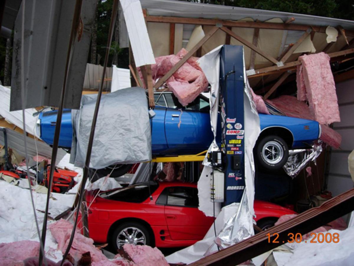 Web-Steel-NW-Shop-Damage-001