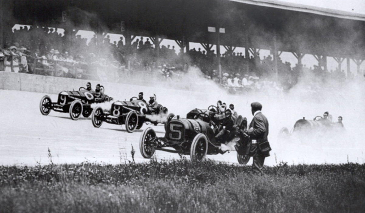 The first turn of the first running of the Indianapolis 500 in 1911. Photo: Indianapolis Motor Speedway