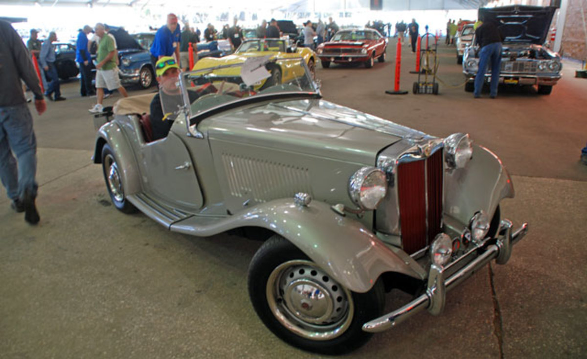 One of our favorite cars this Wednesday is this 1953 MG-TD roadster which was called sold for a bid of $26,000.