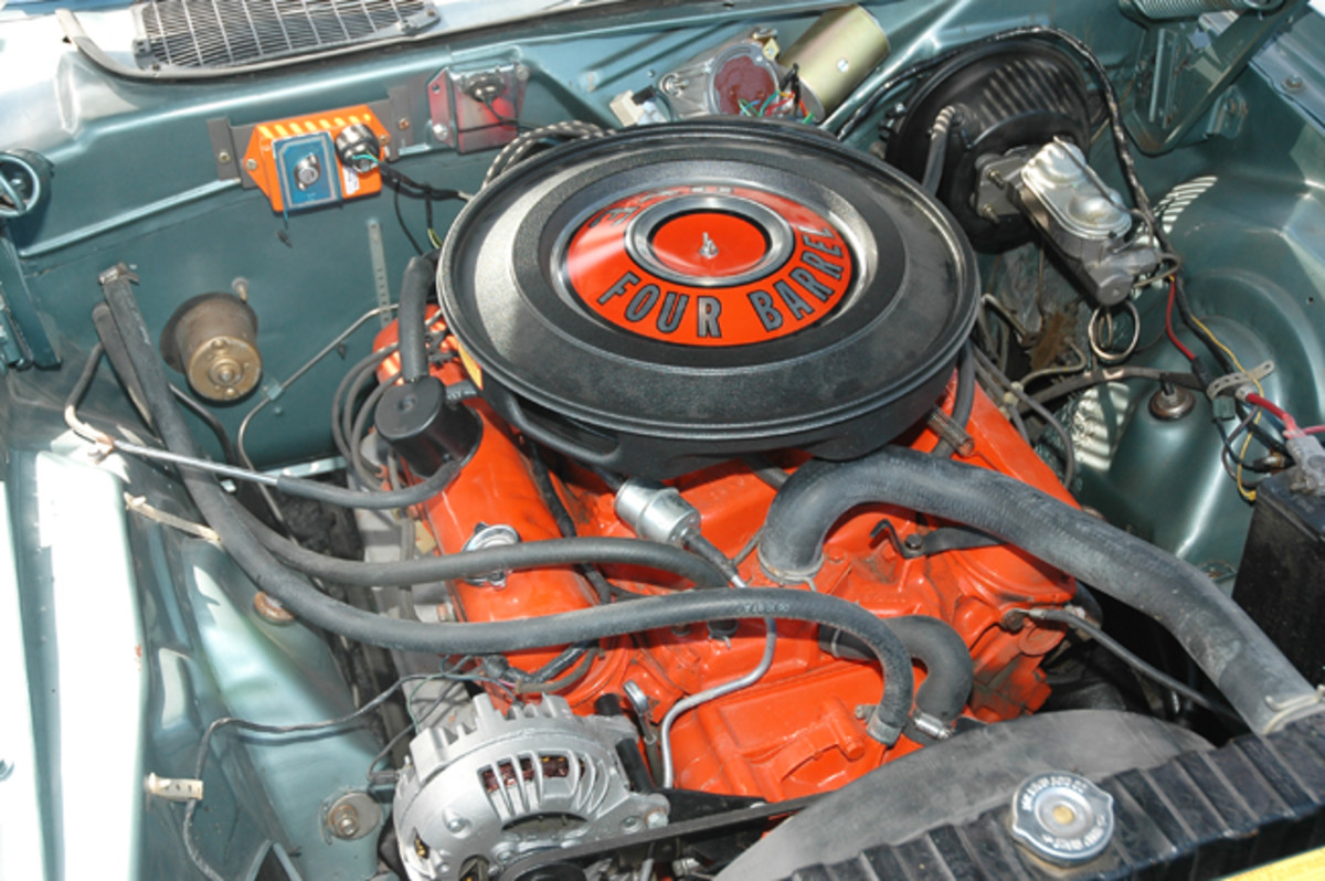 The 340's compression fell only slightly, to 10.2:1 compression; it was still a premium-fuel engine that year, but dropped to 8.5 in its final rendition for 1972.