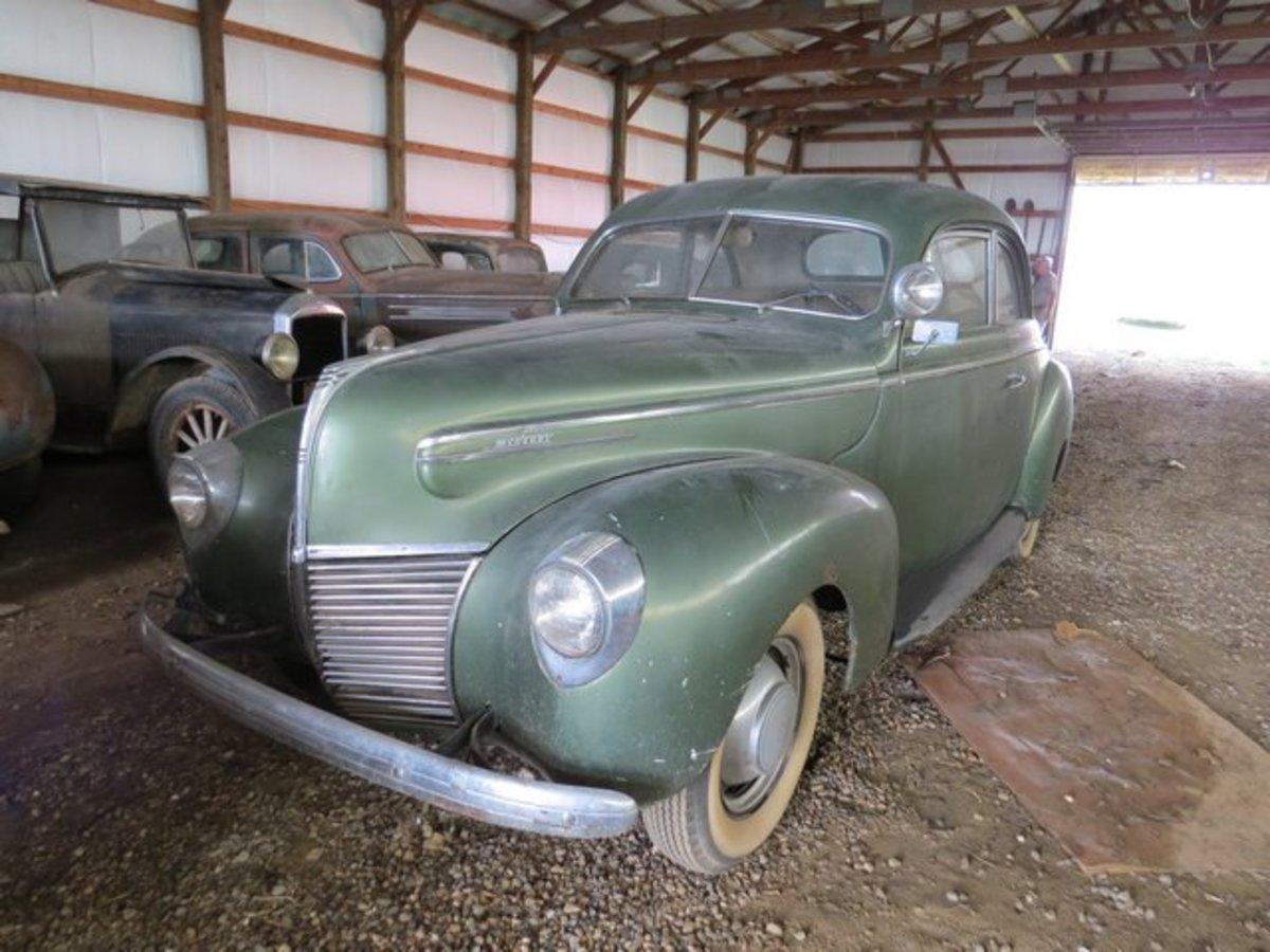 1939 Mercury Sedan-Coupe.
