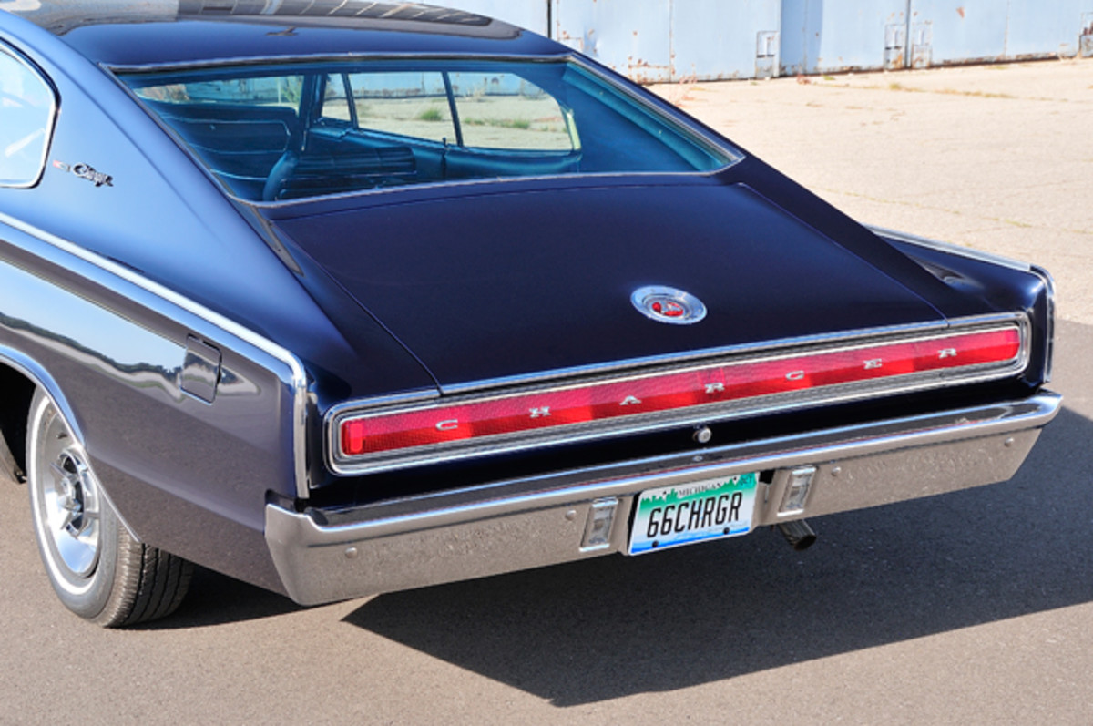 1966-Dodge-Charger004