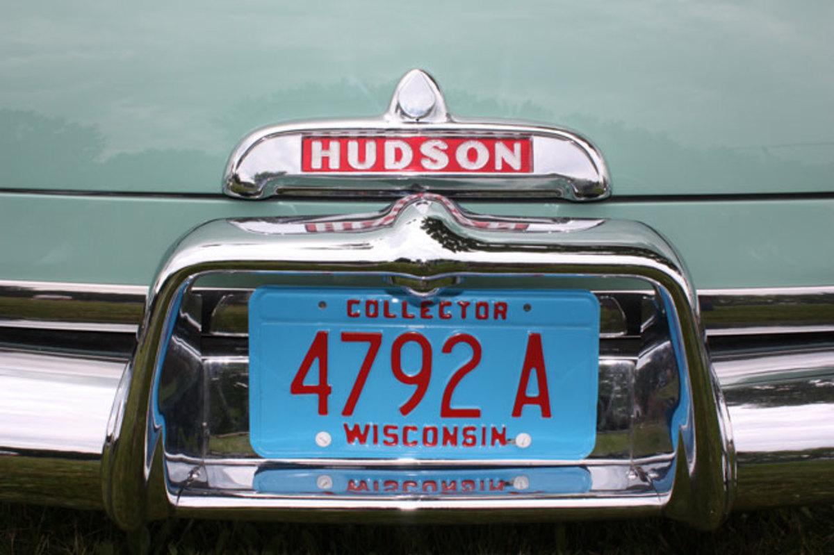 1952-Hudson-Wasp-bumper
