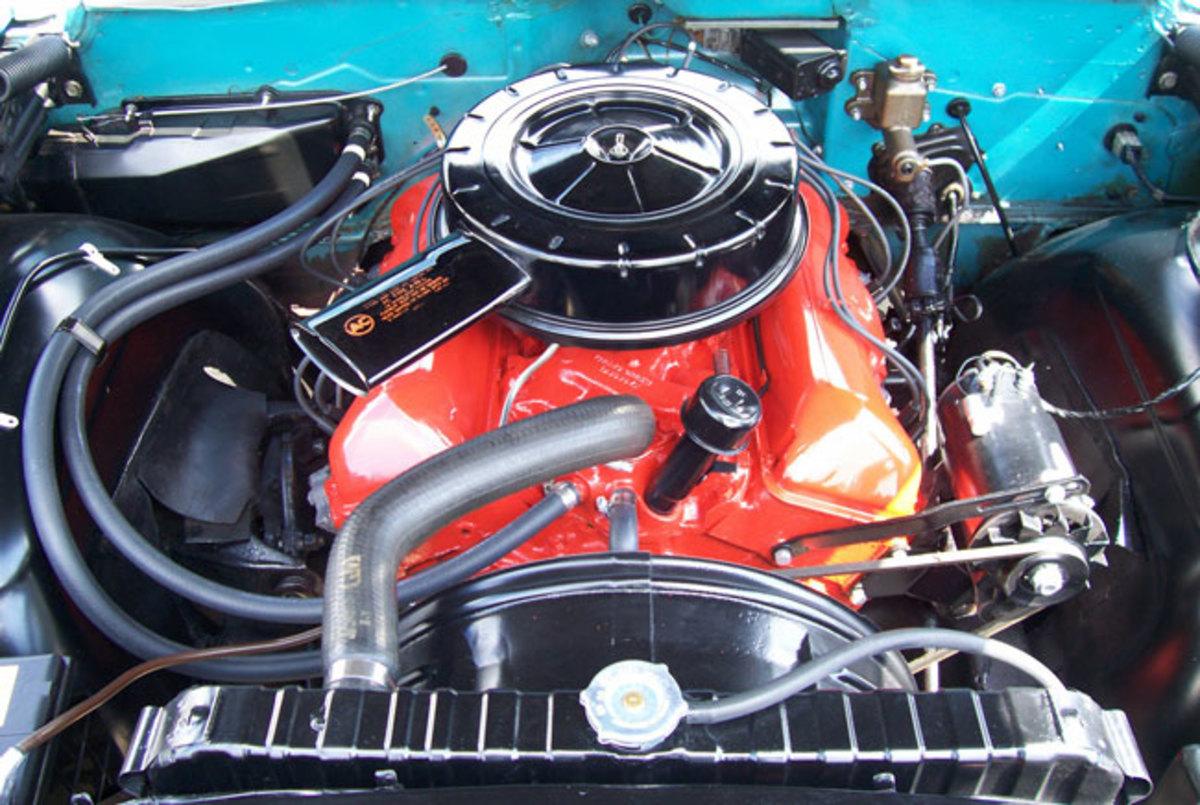1960-Impala-engine