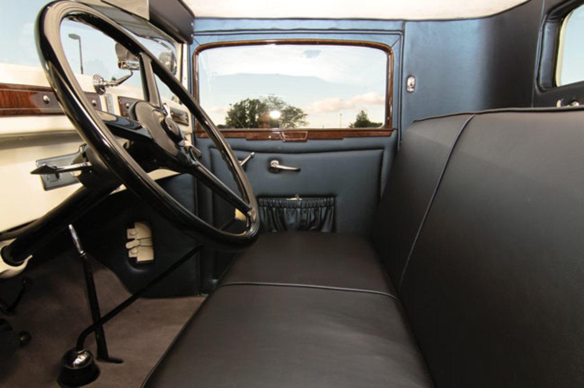 1930-Chrysler-2