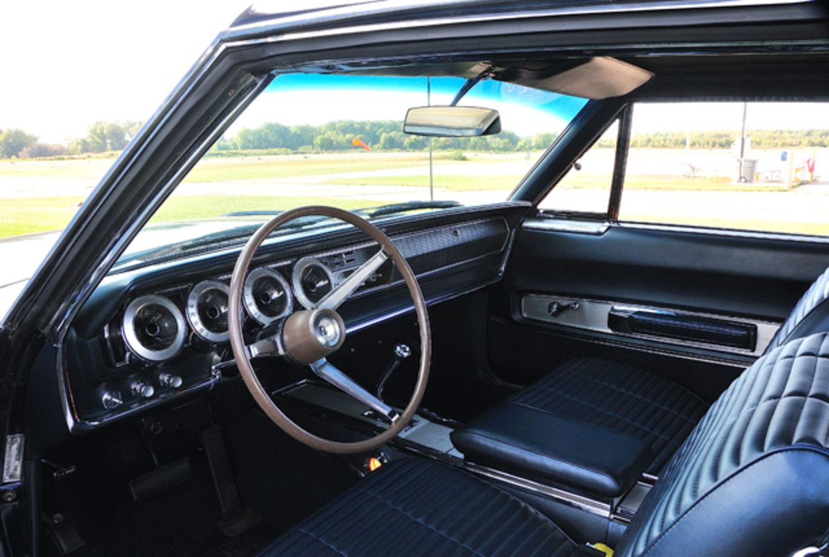 1966-Dodge-Charger006
