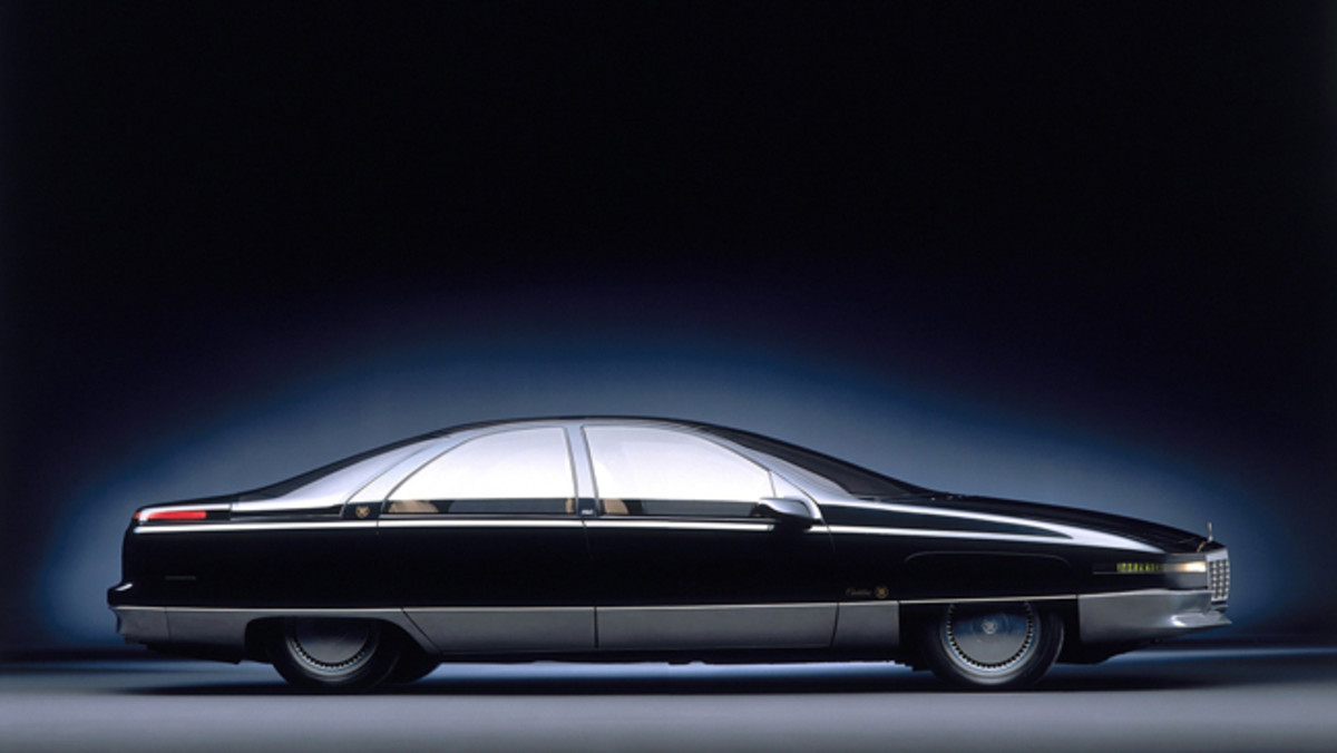 The 1988 Cadillac Voyage sedan concept was a design precursor.