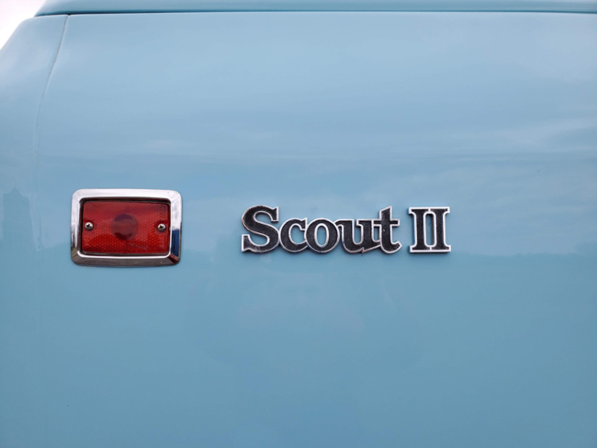 Scout II badges were affixed to the rear fenders just ahead of the tail lights.
